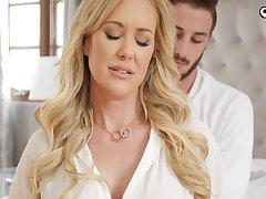 Ravishing auric damsel, Brandi Enjoy is impatiently fellating her step- sonnie's knob before getting plumbed